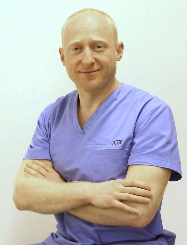 dr-rafal-pabianczyk-chirurg-plastyczny