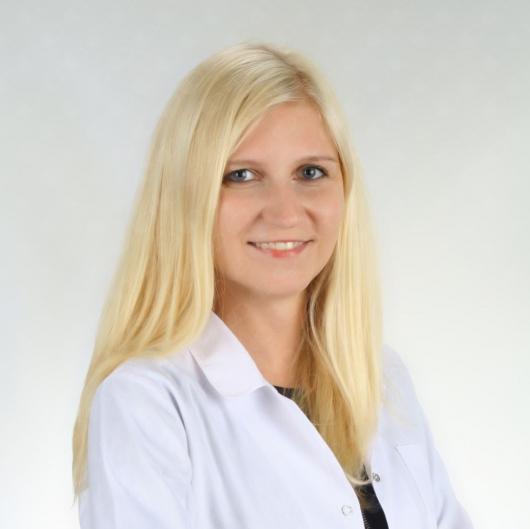 dr Magdalena Wawrzynkiewicz - Dermatolog.jpg