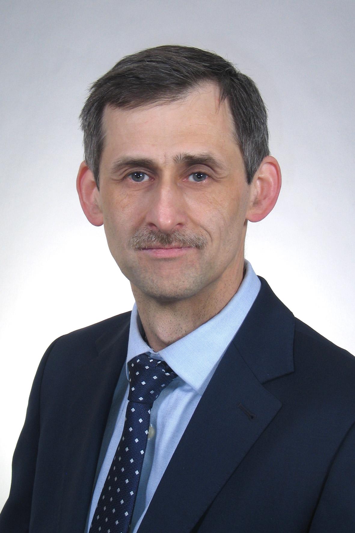dr Muszyński-chirurg naczyniowy
